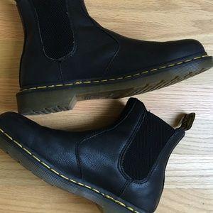 Black Carpathian 2976 Chelsea Boot